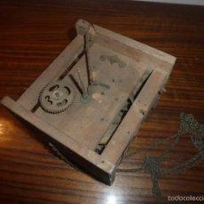 Recambios de relojes: MAQUINARIA DE RELOJ. Lote 55994612