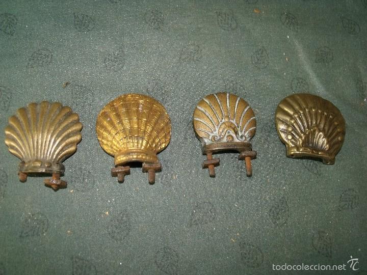 Recambios de relojes: 4 piezas en bronce en concha de peregrino de Santiago- nº 62- lote 28 - Foto 2 - 57630128