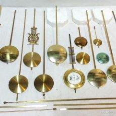Recambios de relojes: LOTE 12 PENDULOS RELOJES DE PARED MAS VARIOS ACCESORIOS, VER DESCRIPCION.. Lote 58491268
