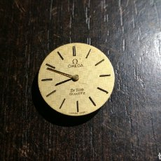 Recambios de relojes: MAQUINARIA PARA RELOJ OMEGA PARECE DE SEÑORA . DE VILLE QUARTZ . TWO 2 JEWELS SWISS . Lote 82530594