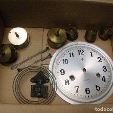 Recambios de relojes: MUY BUEN LOTE DE 8 PIEZAS DE RELOJES ANTIGUOS - LOTE 32. Lote 89484284