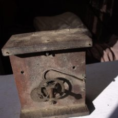 Recambios de relojes: ANTIQUISIMA MAQUINARIA RELOJ RATERA SELVA NEGRA AÑO 1840-50- LOTE 90. Lote 113645203