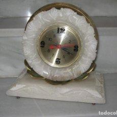 Recambios de relojes: VINTAGE-RELOJ DE SOBREMESA EN ALABASTRO. 6KG.. Lote 115362611