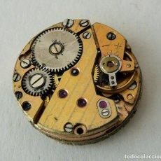 Recambios de relojes: MOVIMIENTO MECÁNICO DE RELOJ AÑO 1960, EN FUNCIONAMIENTO.. Lote 116117763