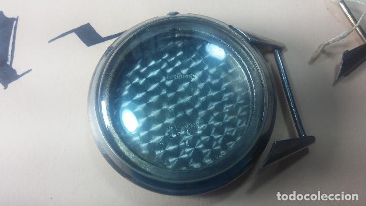 Recambios de relojes: Caja de reloj de caballero Longines, con su cristal, tapa, las patas de cogidas están despegadas - Foto 4 - 117396503