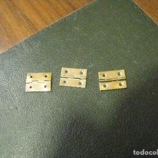 Recambios de relojes: 3 LIBRILLOS PARA CAJAS DE MADERA DE RELOJ- CAJA A. Lote 120794915