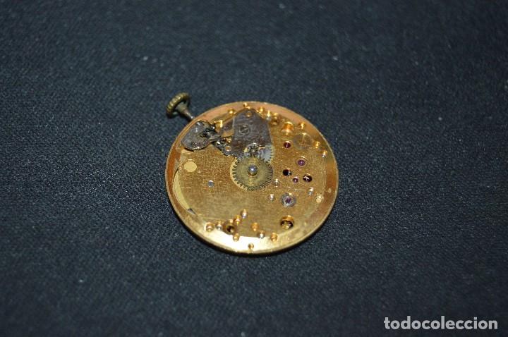 Recambios de relojes: Vintage - ANTIGUA MAQUINARIA BAUME & MERCIER BM 1050 - SWISS MADE - HAZME UNA OFERTA - Foto 3 - 121719175