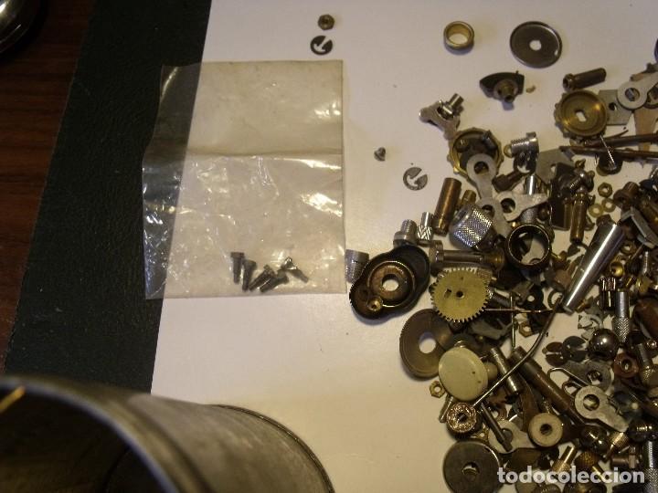 Recambios de relojes: restos de relojeria 1 LOTE MEDIO KG PIEZAS - lote 118 - Foto 3 - 123652815