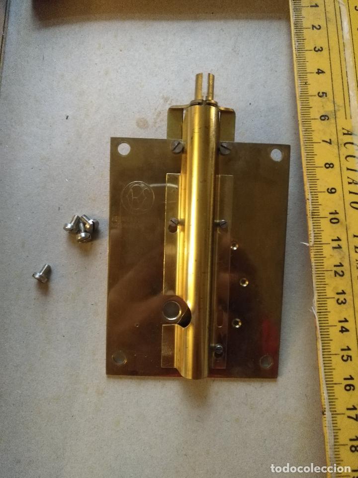 Recambios de relojes: Repuesto PROTECTOR HILO TENSION reloj 400 días, schantz, Kundo, minikundo,etc. ver foto del modelo - Foto 2 - 126750403