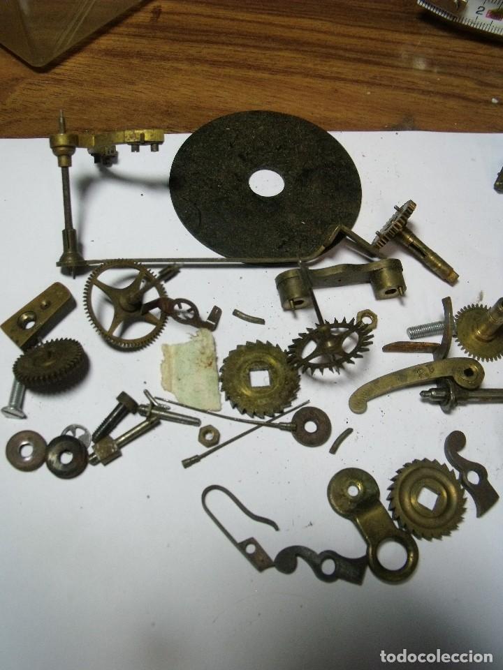 Recambios de relojes: LOTE DE PIEZAS PARA REPARAR RELOJES ANTIGUOS-Nº 1 LOTE 126 - Foto 2 - 131013744