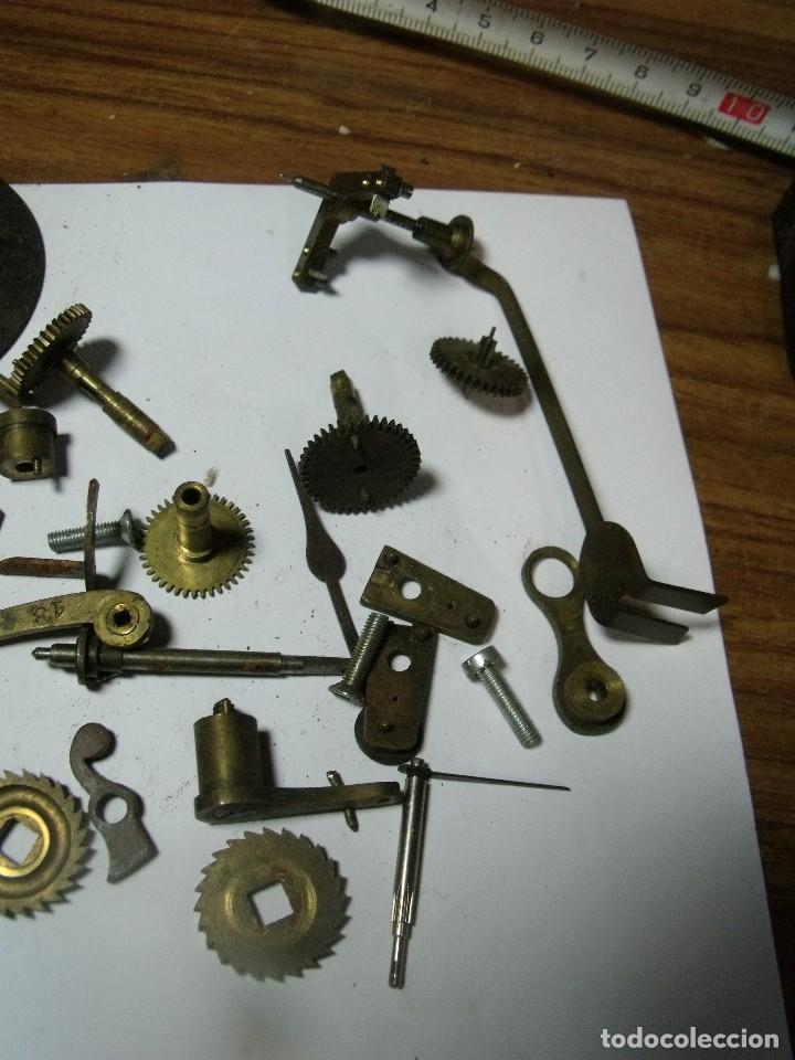 Recambios de relojes: LOTE DE PIEZAS PARA REPARAR RELOJES ANTIGUOS-Nº 1 LOTE 126 - Foto 3 - 131013744