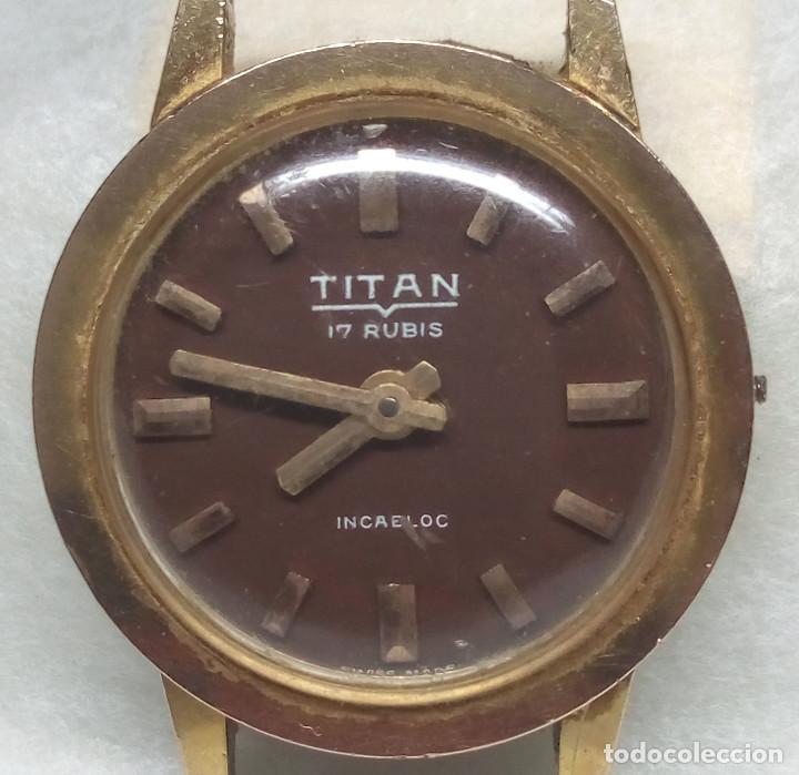 RELOJ TITAN DE CARGA MANUAL, SWISS MADE - CAJA 2 CM. - NO FUNCIONA (Relojes - Recambios)