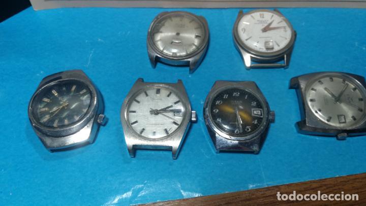 Recambios de relojes: Lote de 6 relojes a cuerda, 4 para ajustar marcha y 2 para reparar o piezas - Foto 3 - 138992038