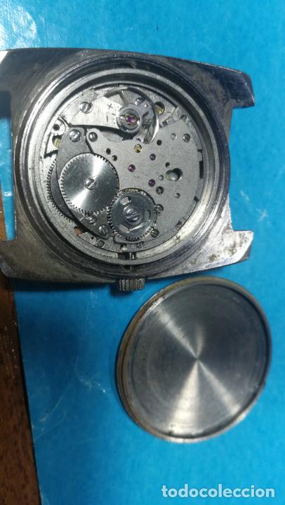 Recambios de relojes: Lote de 6 relojes a cuerda, 4 para ajustar marcha y 2 para reparar o piezas - Foto 5 - 138992038