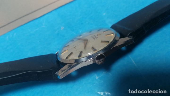 Recambios de relojes: RELOJ CYMA R-458, aunque funciona, atrasa, por tanto para reparar o restaurar - Foto 8 - 138997018