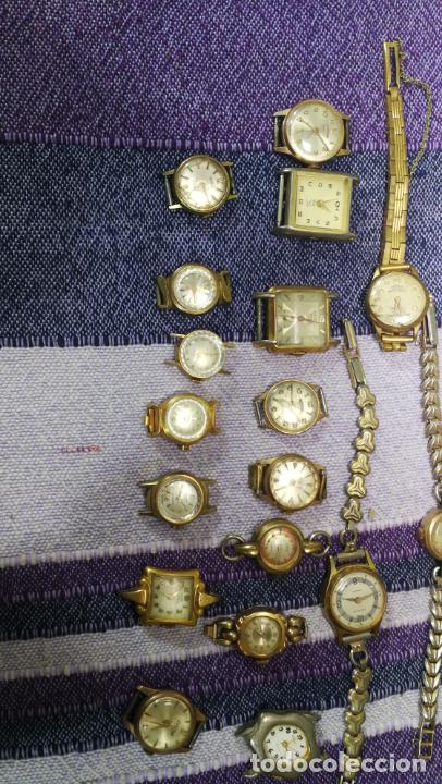 Recambios de relojes: Lote de 23 relojes están sin comprobar por tanto para reparar, repasar o piezas - Foto 29 - 140277198