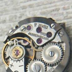 Recambios de relojes: MAQUINARIA RELOJ JAQUET GIRARD 17 JEWELS CARGA MANUAL PARA REPARAR. Lote 152038193