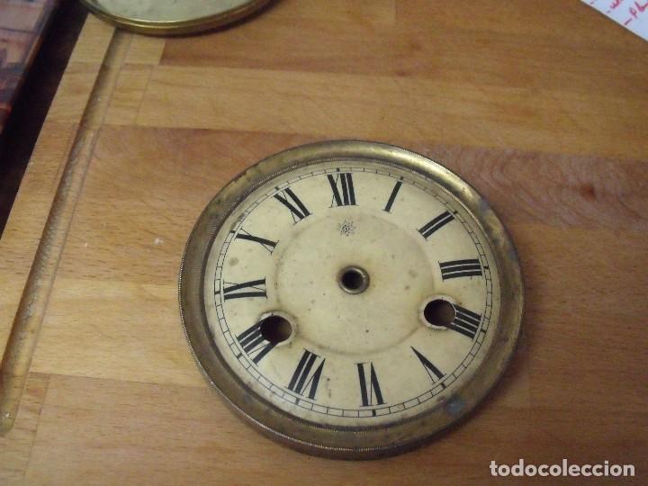 UNA ESFERA ANTIGUA JUNGHANS PARA RELOJ REGULADOR O SOBREMESA- LOTE 165 (Relojes - Recambios)