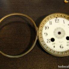 Recambios de relojes: PUERTA DELANTERA DOBLE PARA MAQUINARIA PARIS DE SOBREMESA CON ESFERA EN BUEN ESTADO- LOTE 174. Lote 160308722