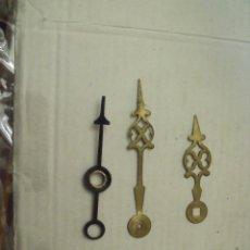 Recambios de relojes: 3 ANTIGUAS AGUJAS ORIGINALES PARA RELOJ MOREZ DE PESAS AÑO 1870-CON AGUJA DE CALENDARIO- LOTE 181. Lote 161248254