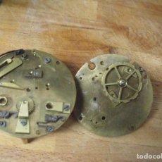 Recambios de relojes: 2 PLETINAS CON PIEZAS DE MAQUINARIA PARIS-RELOJ SOBREMESA- LOTE 198. Lote 170561480