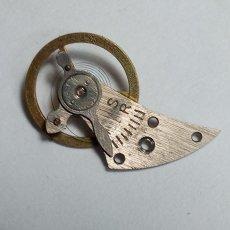 Recambios de relojes: LANGENDORF - 8116 - VOLANTE COMPLETO DE CILINDRO (ESTÁ PERFECTO)(CD-6145). Lote 195478132