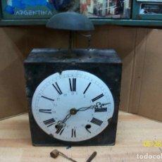 Recambios de relojes: ANTIGUA MAQUINA DE RELOJ-CON LLAVE. Lote 205804226