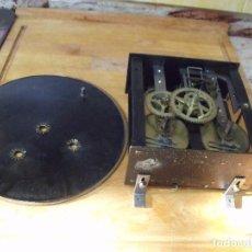 Recambios de relojes: ANTIGUA MAQUINARIA MOREZ DE OJO BUEY- RESORTES EN BUEN ESTADO- AÑO 1880-LOTE 307. Lote 219005968