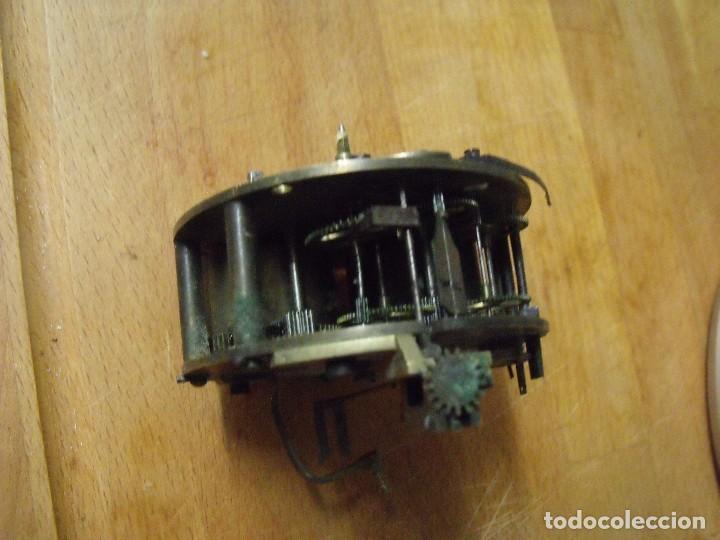 Recambios de relojes: Antigua maquinaria Paris para reloj sobremesa-año 1870- lote 317- FUNCIONA - Foto 3 - 225882291