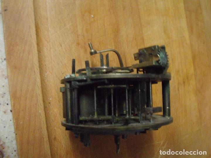 Recambios de relojes: Antigua maquinaria Paris para reloj sobremesa-año 1870- lote 317- FUNCIONA - Foto 4 - 225882291