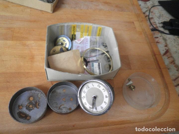 Recambios de relojes: lote de piezas de despertador- lote 326 - Foto 2 - 228892513