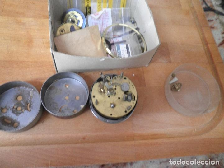 Recambios de relojes: lote de piezas de despertador- lote 326 - Foto 4 - 228892513