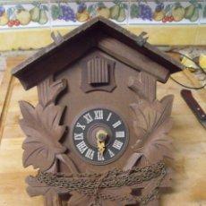 Recambios de relojes: ANTIGUO CUCO DE MADERA SELVA NEGRA DE ALEMANIA- LOTE 349. Lote 236238585