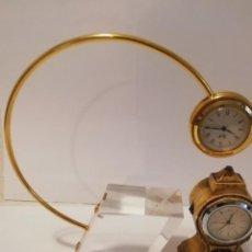 Recambios de relojes: DOS RELOJES DE MESA. Lote 238656455