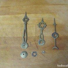 Recambios de relojes: 3 ANTIGUAS AGUJAS ORIGINALES RELOJ MOREZ DE PESAS CON AGUJA CALENDARIO Y ARANDELAS AÑO 1870-LOTE 355. Lote 240931800