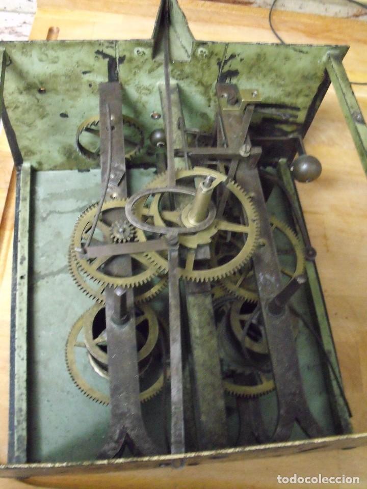 Recambios de relojes: antiquisima maquinaria morez-escape rueda catalina- funcion despertador-año 1860- lote 354 - Foto 7 - 243588185