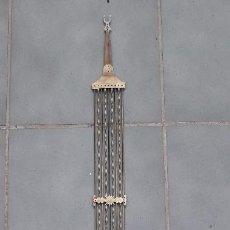Recambios de relojes: PENDULO DE LIRA PARA RELOJ MOREZ, LATON, BUEN ESTADO, 114CM APROX. Lote 267357899