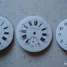 Recambios de relojes: ANTIGUAS ESFERAS DE RELOJ DE BOLSILLO DE PORCELANA 43,43 Y 42 MM. TODAS CON PATILLAS DE SUJECCIÓN. Lote 268838174