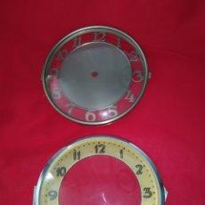 Ricambi di orologi: DOS PUERTAS DE CRISTAL CON ESFERA PARA RELOJES DE SOBREMESA O PARED. Lote 270940678