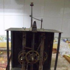 Recambios de relojes: ANTIGUA MAQUINARIA MOREZ DE PESAS-ANO 1860- ESCAPE RUEDA CATALINA - FUNCIONAL-LOTE 406. Lote 274438503
