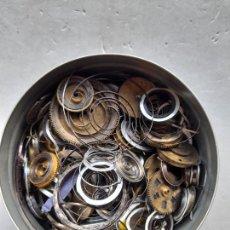 Peças de reposição de relógios: GRAN LOTE DE RESORTES / MUELLES / CUERDAS PARA RELOJES. Lote 275149148