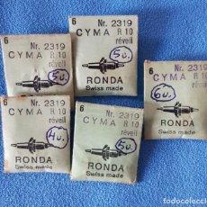 Recambios de relojes: 61- CYMA - LOTE 25 EJES DE VOLANTE RONDA PARA DESPERTADORES. CALIBRES VARIOS. Lote 283665963