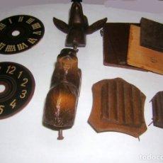 Recambios de relojes: VARIAS PIEZAS SUELTAS PARA RELOJ CUCO ANTIGUO. Lote 291243983