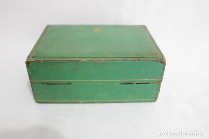Relojes - Rolex: Estuche vintage caja reloj rolex interior de madera y terciopelo y por fuera de terciopelo verde - Foto 8 - 273354533