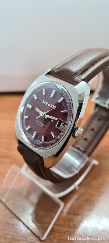 Relojes - Sandox: Reloj caballero (Vintage) SANDOZ automático en acero, esfera color vino calendario a las tres correa - Foto 4 - 255517455