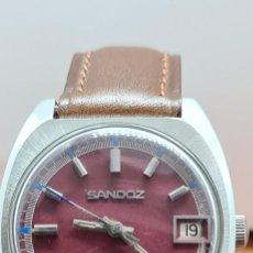 Relojes - Sandox: RELOJ (VINTAGE) SANDOZ AUTOMÁTICO ACERO ESFERA COLOR VINO CALENDARIO A LAS TRES, CORREA CUERO MARRÓN. Lote 291243583