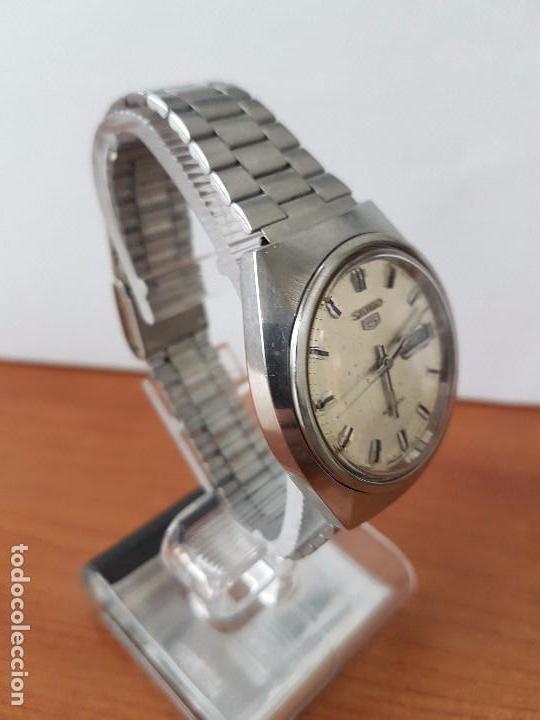 Relojes - Seiko: Reloj de caballero (Vintage) Seiko automático con doble calendario a las tres calibre 7009-8310. - Foto 6 - 62472716