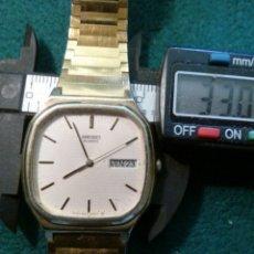 Relojes - Seiko: RELOJ SEIKO QUARZT DORADO DIA-FECHA. Lote 126795991