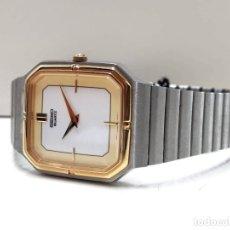Relojes - Seiko: PRECIOSO RELOJ SEIKO AÑOS 80 DE CUARZO Y ACERO CON BISEL DORADO Y ESFERA BICOLOR CALIBRE 6530. Lote 180957317