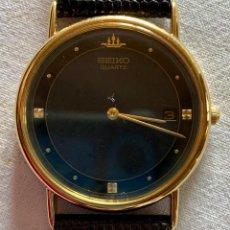 Relojes - Seiko: RELOJ DE PULSERA SEIKO QUARTZ, ESFERA NEGRA, CORREA NEGRA, NUEVO, PROCEDENTE STOCK RELOJERÍA. Lote 189830253